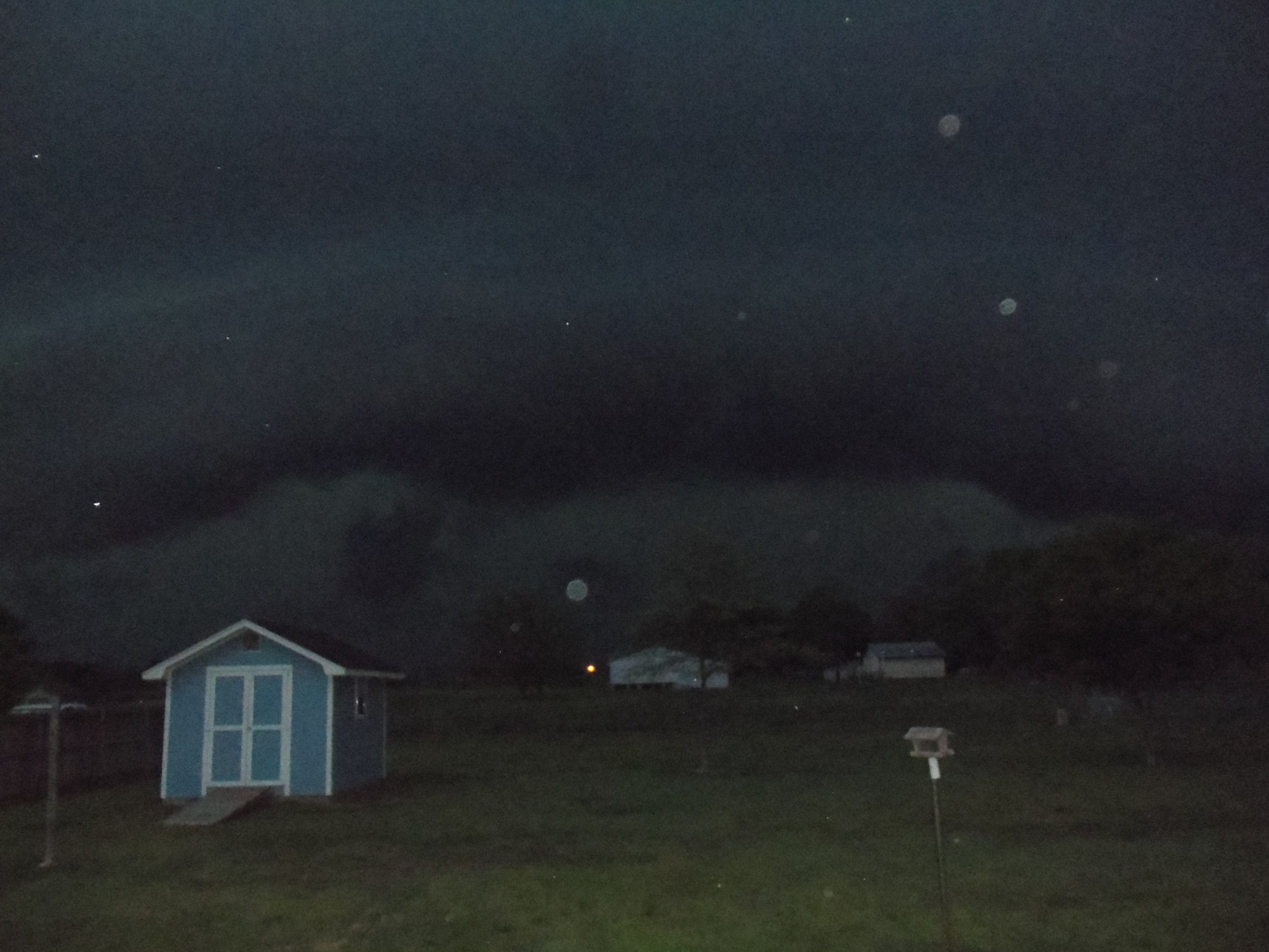 shelf cloud over Lavaca 04.03.12