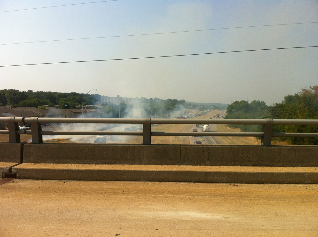Grass fires on I-540 in Fort Smith