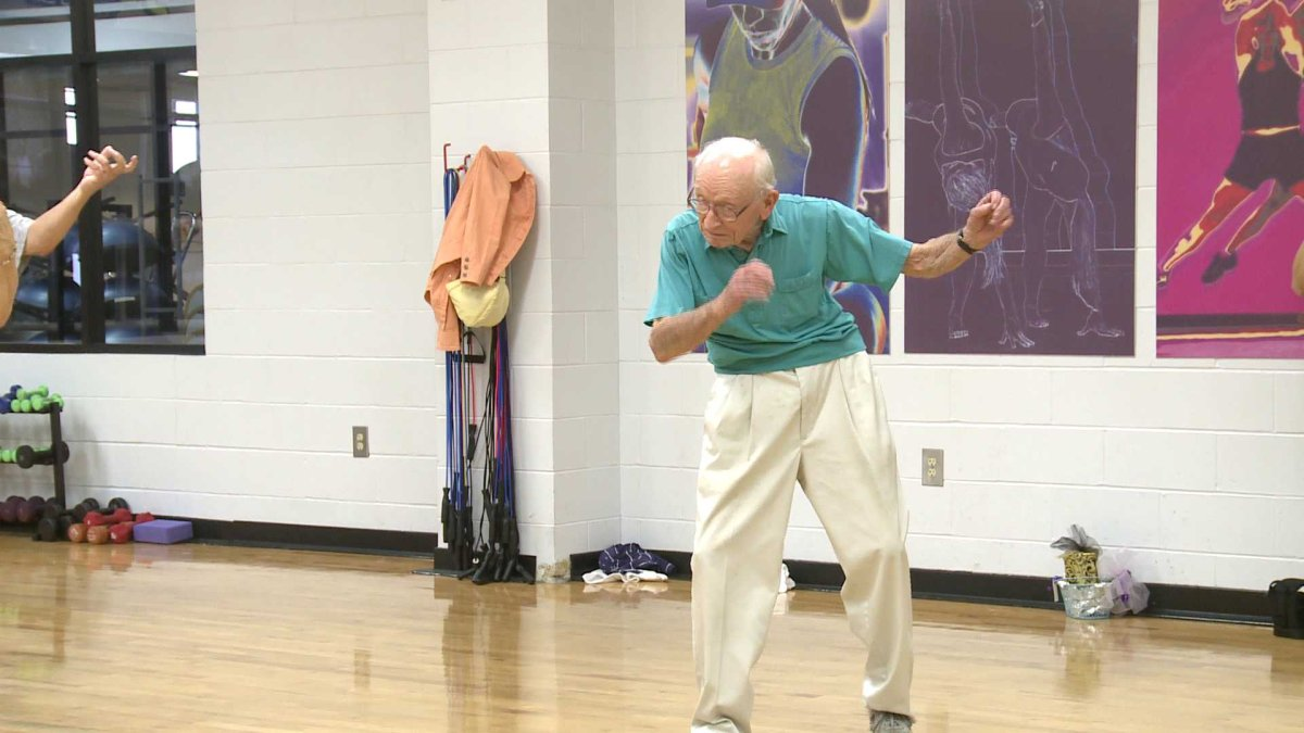 Ft Smith Man Celebrates 100th Birthday With Zumba Fort