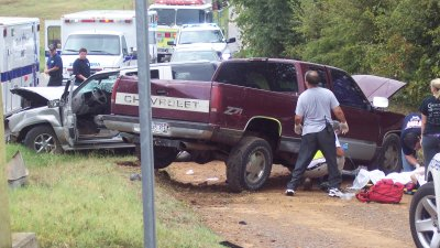 Hwy  348 Accident Injures Five People   Fort Smith/Fayetteville News