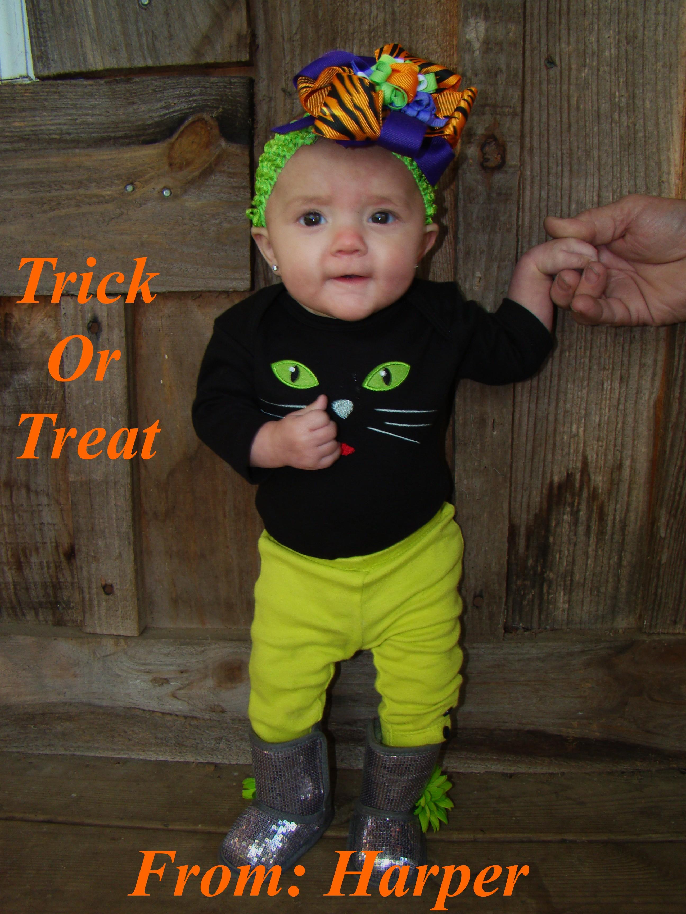 5 month old Harper\'s 1st Halloween