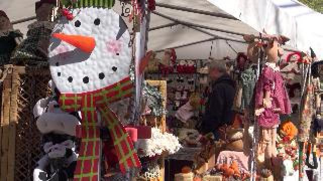 Thousands explore sights and sounds at war eagle craft for Craft fair fayetteville ar