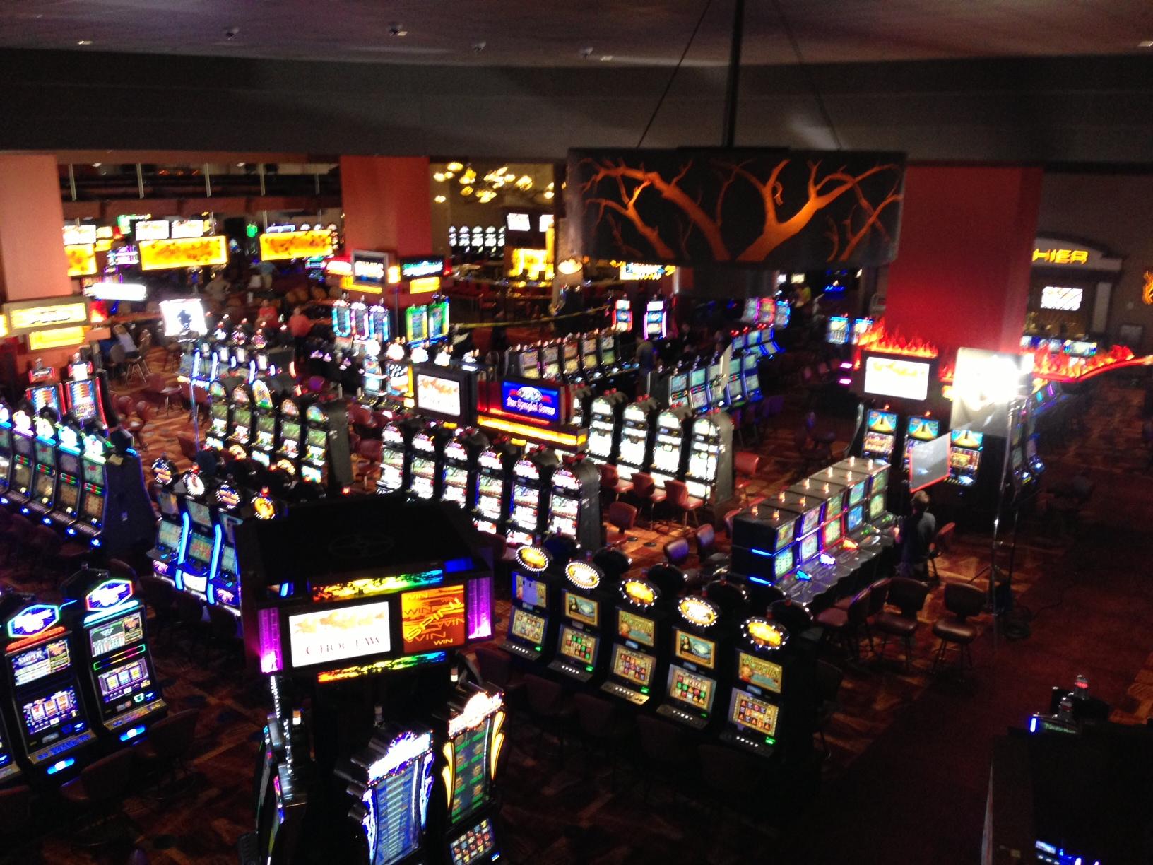 images of teenage gambling