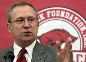 Season_Tickets_Arkansas_Foo_t300