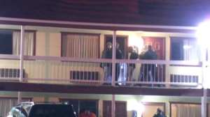 Police on second floor of Tulsa Inn Suites in the 8200 block of East Skelly Drive. (KOTV)