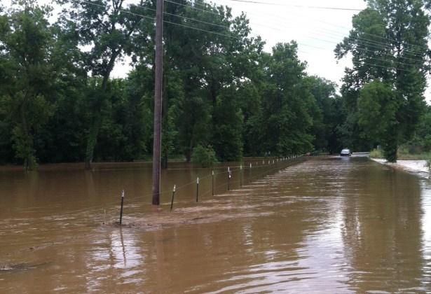 benton-county-flooding-e1375936381183
