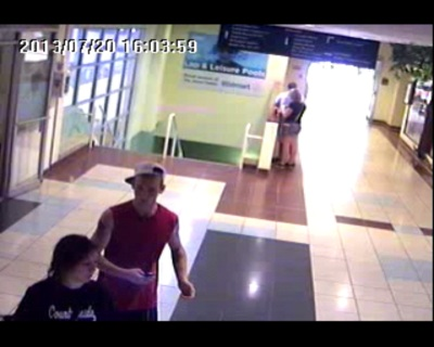 jones center purse theft