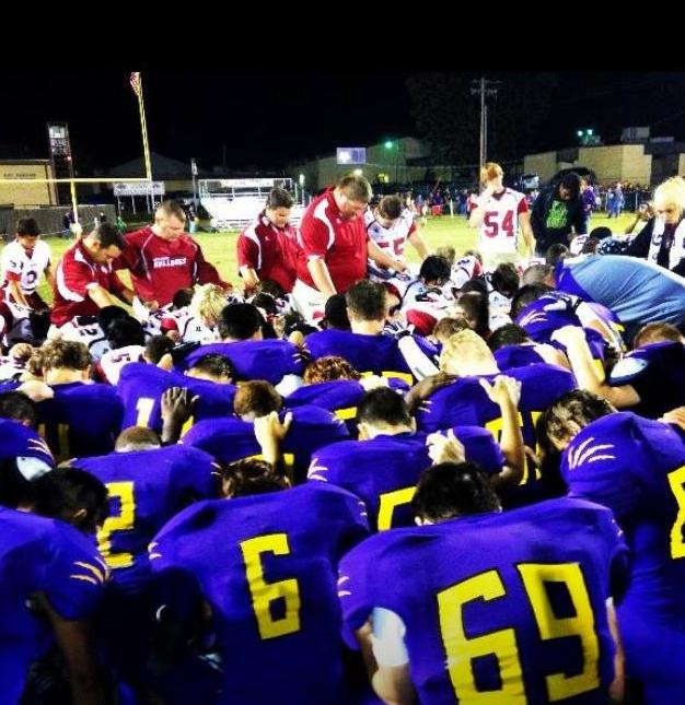 Teams come together in Prayer