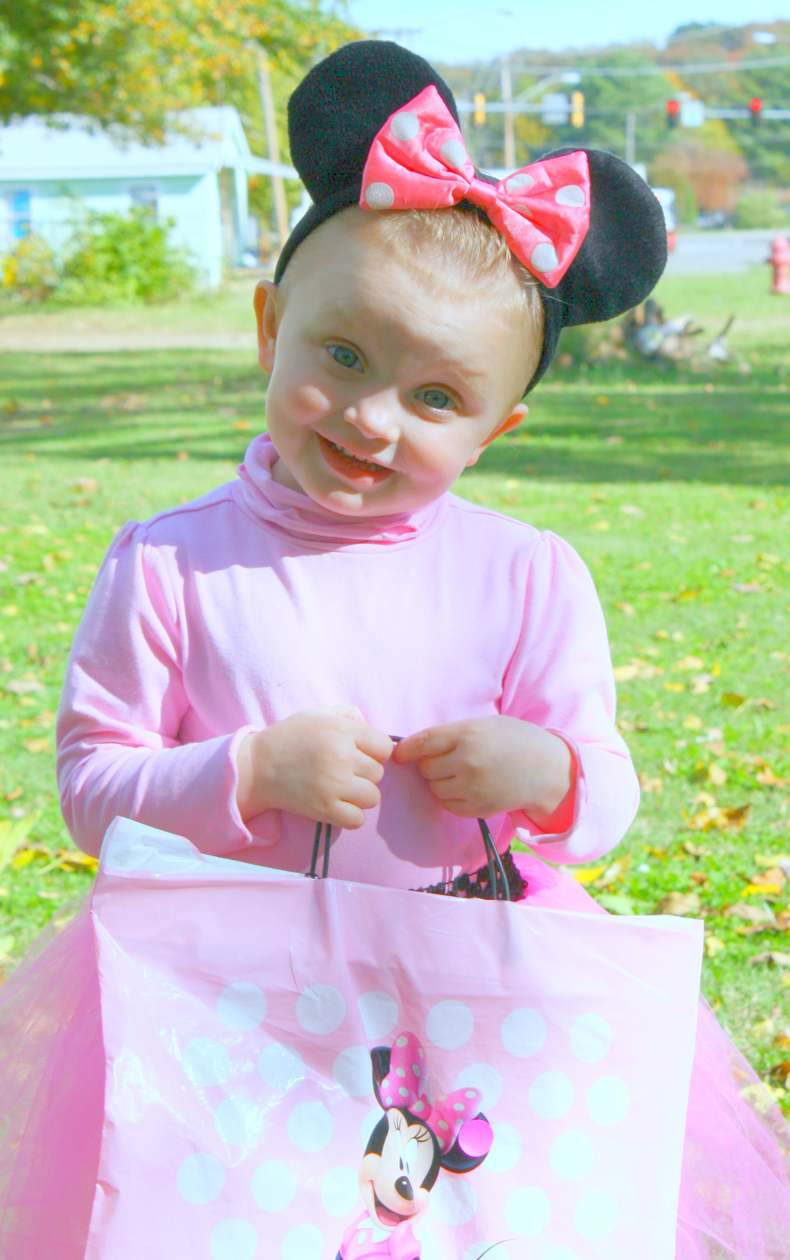Kambree dressed as minnie mouse 2013