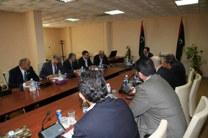 Government ministers holding emergency meeting following the detention of Prime Minister Ali Zeidan