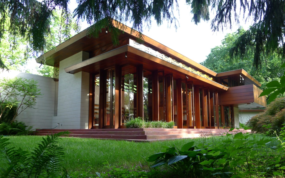 Crystal bridges buys frank lloyd wright house will move for Frank lloyd wright river house