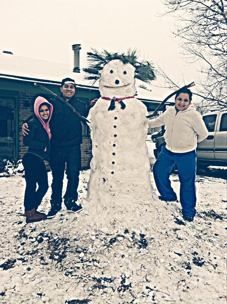 Snowwoman in Alma