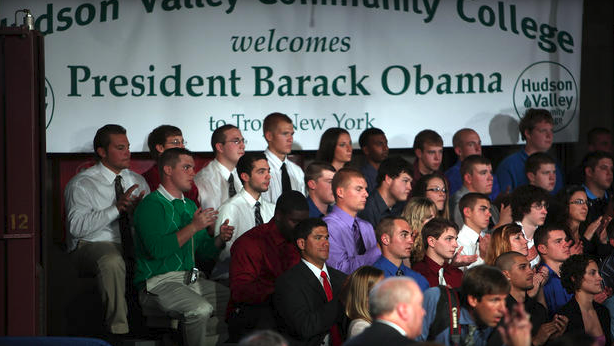Students listen to President Barack Obama as he speaks at Hudson Valley Community College on September 21, 2009 in Troy, New York. Photo courtesy of CBS News.