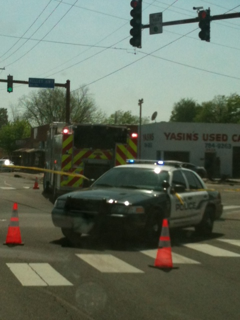 Multi-vehicle wreck on Kelley Hwy. and Midland Blvd. in Fort Smith