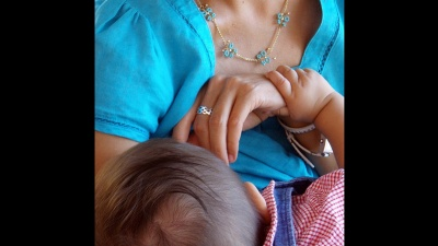 BREASTFEEDINGPIC