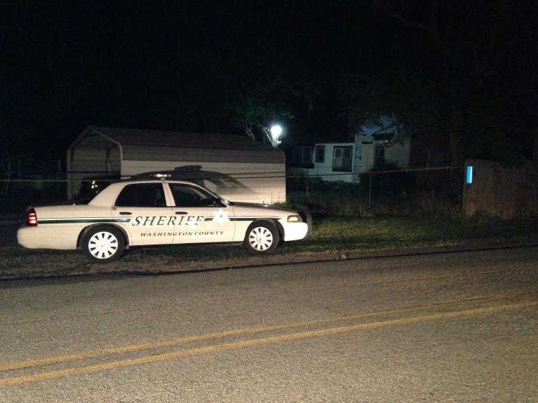 DEPUTY  SHOOTING HOUSE