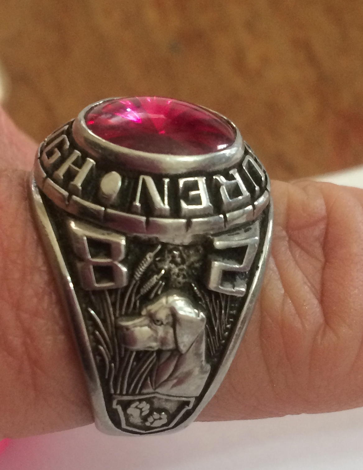 Van Buren 1982 Class Ring Found Lodged In Motor, Owner Sought | Fort