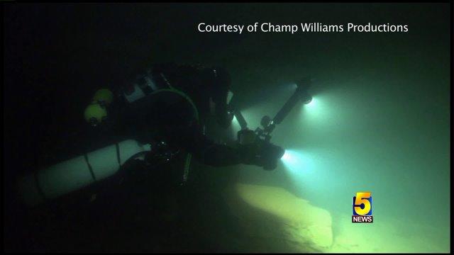 Diver Finds Evidence Showing Giants Lived In Arkansas