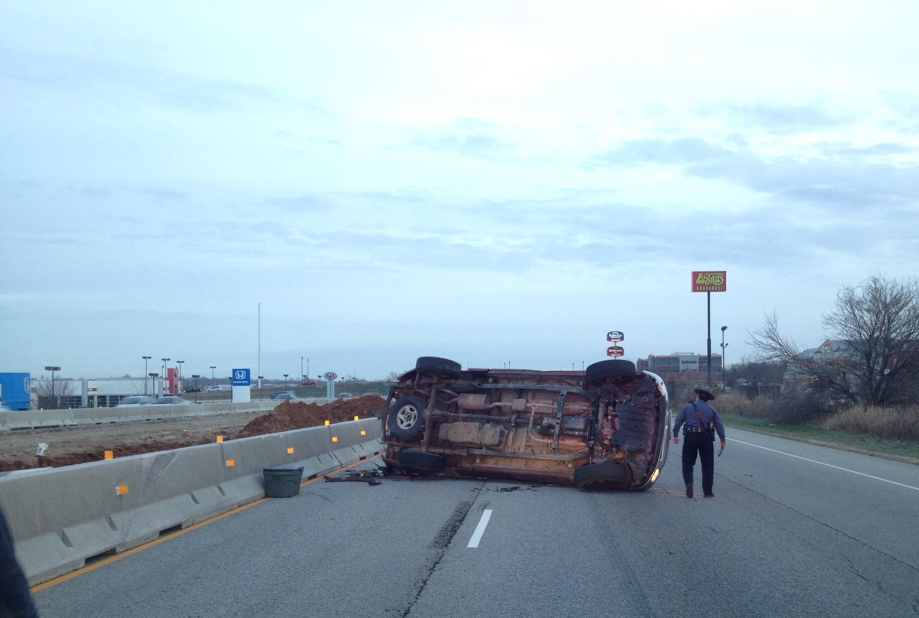 Rollover Wreck Blocks Northbound I 49 Lane In Rogers Fort Smith Fayetteville News