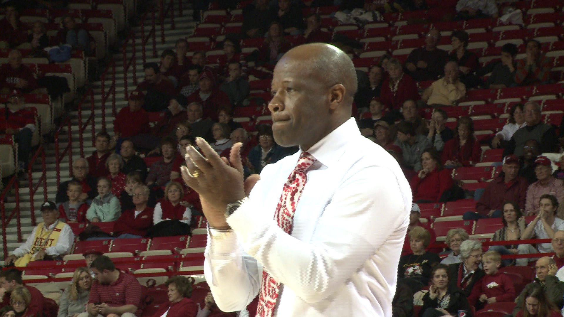 Mike Anderson Fired As Arkansas Coach thumbnail