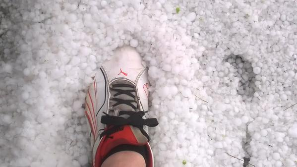 Hail just north of Huntington.