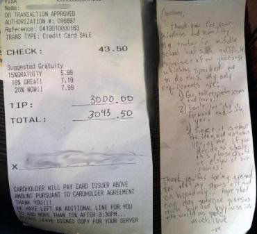 The 6800% tip was left in addition to a detailed note written on the back. (ReesSpechtLife.com)