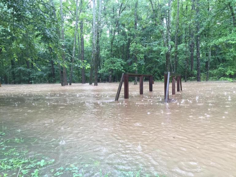Austin Pearcy Tweeted This picture to @5NEWSGarrett showing the flooding in West-Central Arkansas