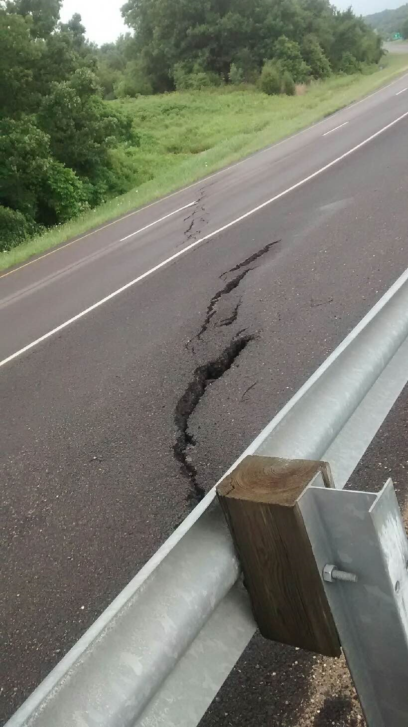 Interstate 40 West Road Cracked in Franklin County.  Photo by Rick Robertson