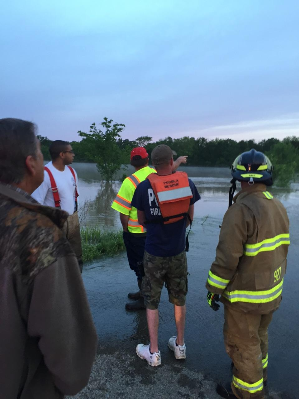 PHOTOS: Crews Work Swift Water Rescue In Spiro | Fort ...