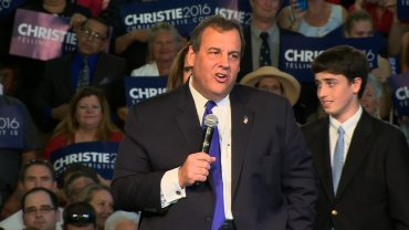 New Jersey Governor Chris Christie announced his candidacy for the 2016 Republican presidential nomination in Livingston, New Jersey on June 30, 2015.