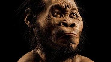 "Scientists say they have discovered a new species of human relative in South Africa. ""Homo naledi"" appears to have buried its dead -- a behavior previously though limited to humans. The discovery could transform our understanding of human evolution."