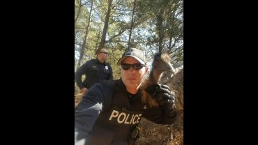 When Oxford, Mississippi, Police Officer Cody Pruitt showed up to work on Friday, the last thing he might have expected was a selfie -- with an emu.