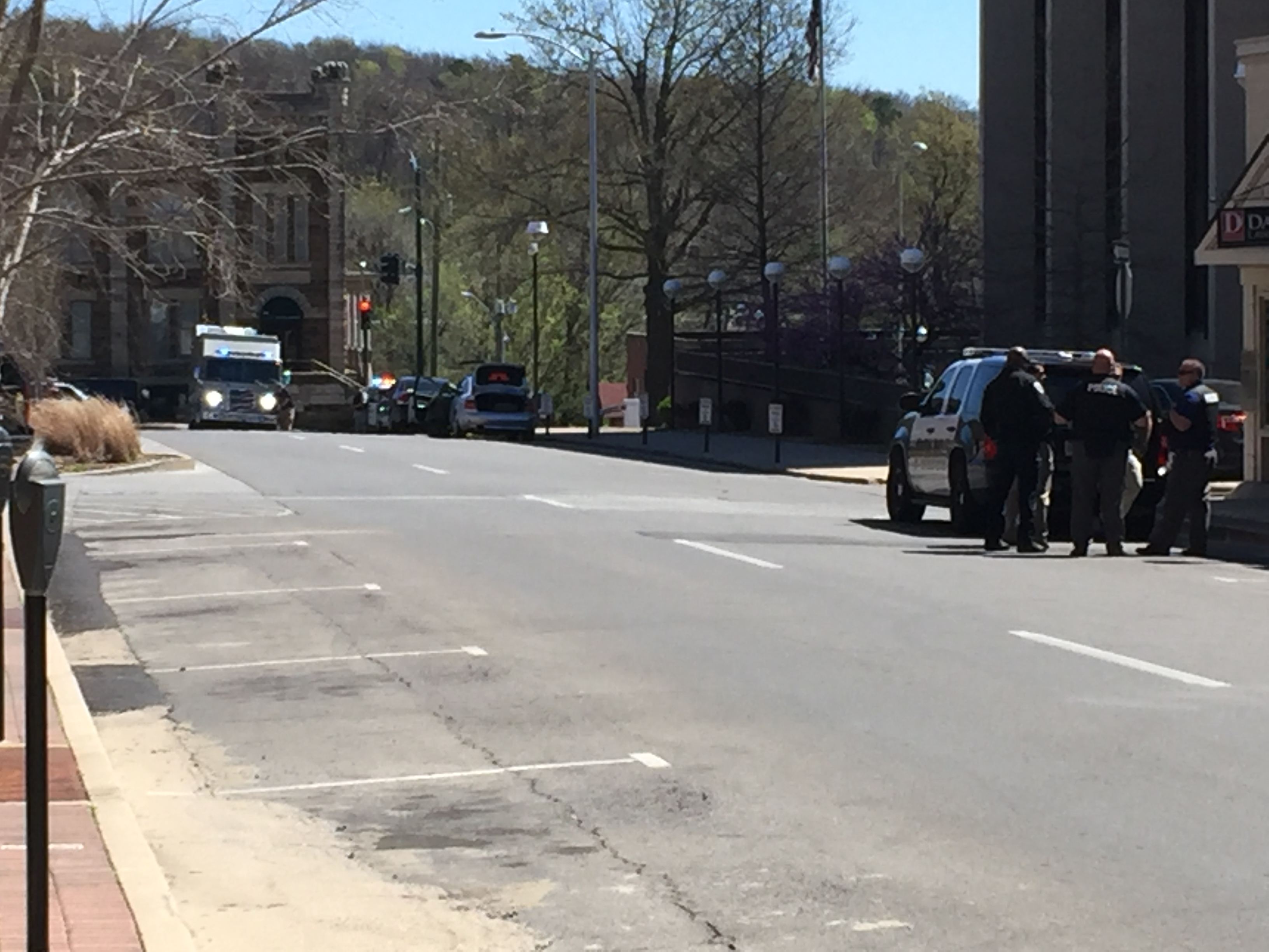 Fay fed building bomb threat 1