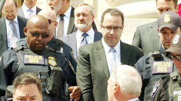 jared-fogle-walk-3-jpeg