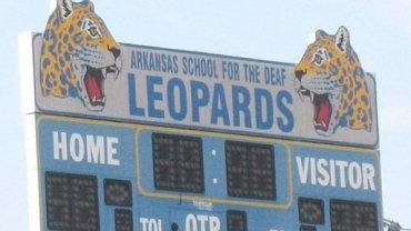 Deaf Leopards Meet Def Leppard
