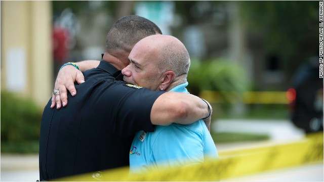 160612132338-orlando-shooting-aftermath-640x360