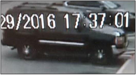 FS Walgreens suspect car