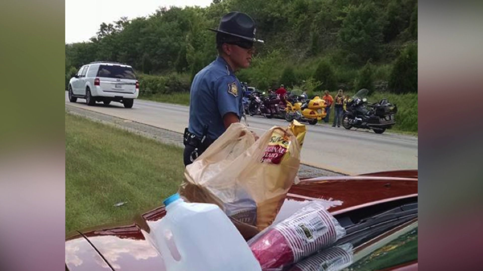 Arkansas Trooper Buys Lunch