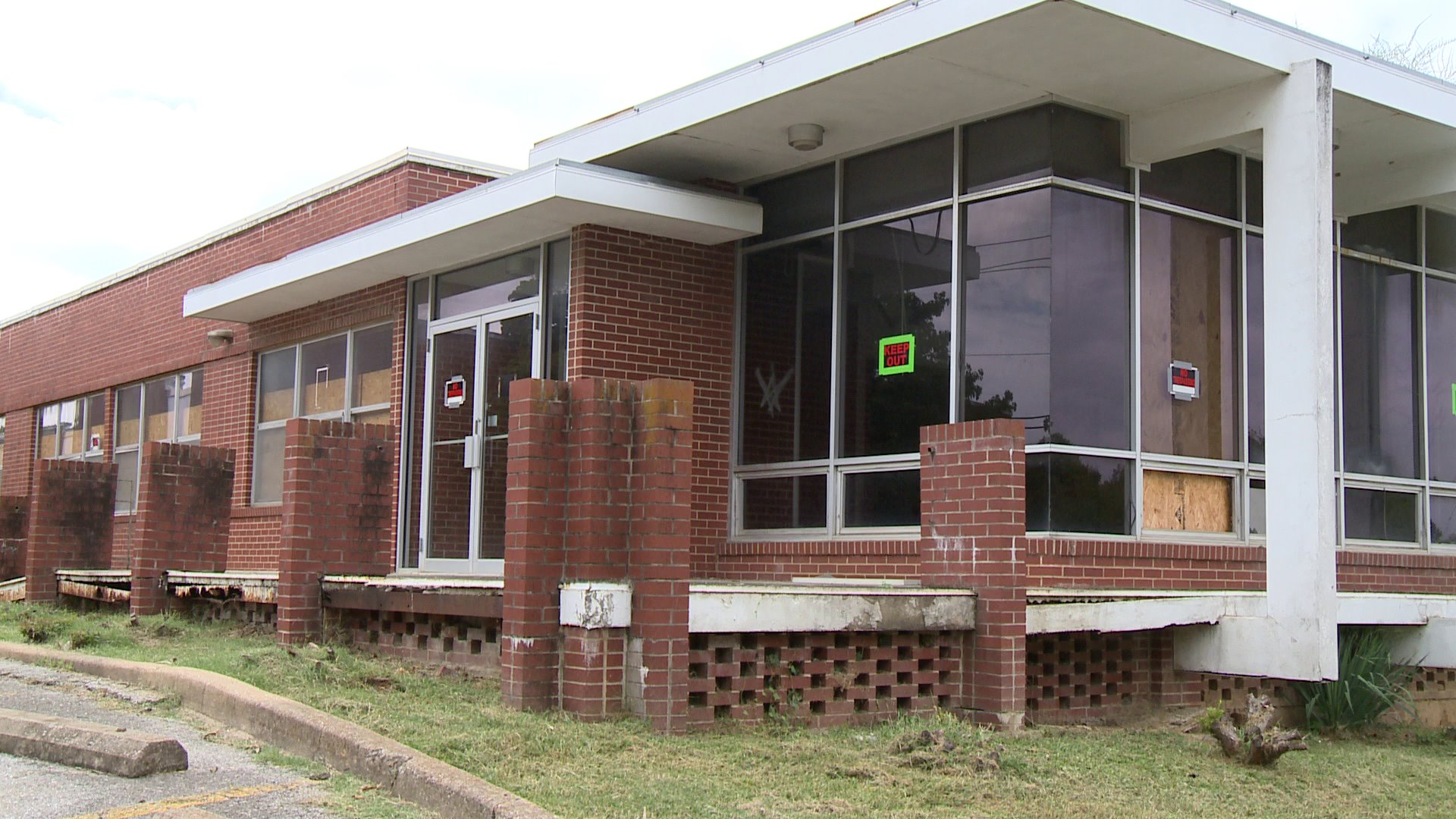 FAYETTEVILLE LIBRARY EXPANSION