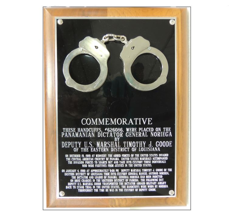 Handcuffs Marshalls museaum