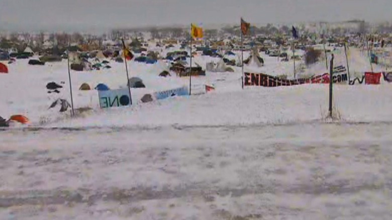 161129170134-dakota-access-pipeline-protest-campsite-snow-november-29-exlarge-tease