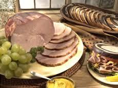 ham-sliced-with-fan-display-pj