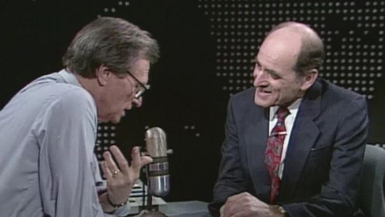 CNN's Larry King interviews Dr. Henry Heimlich (1990).