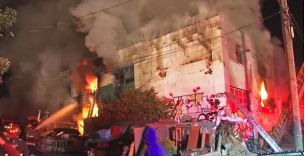 Investigation begins into deadly warehouse fire in Oakland, Calif.