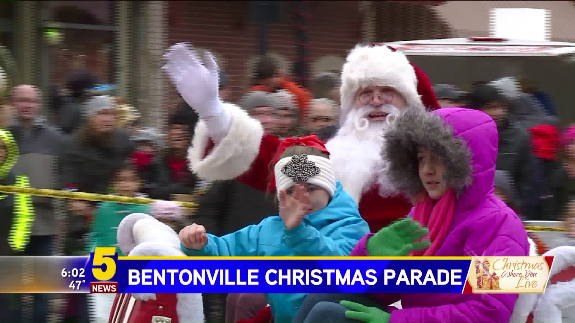 Hundreds Attend The Annual Christmas Parade In Downtown ...