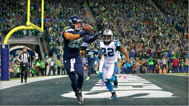 Seattle Seahawks Tight end Jimmy Graham #88 scores a touchdown against the Carolina Panthers at CenturyLink Field on 12/4/16 in Seattle.