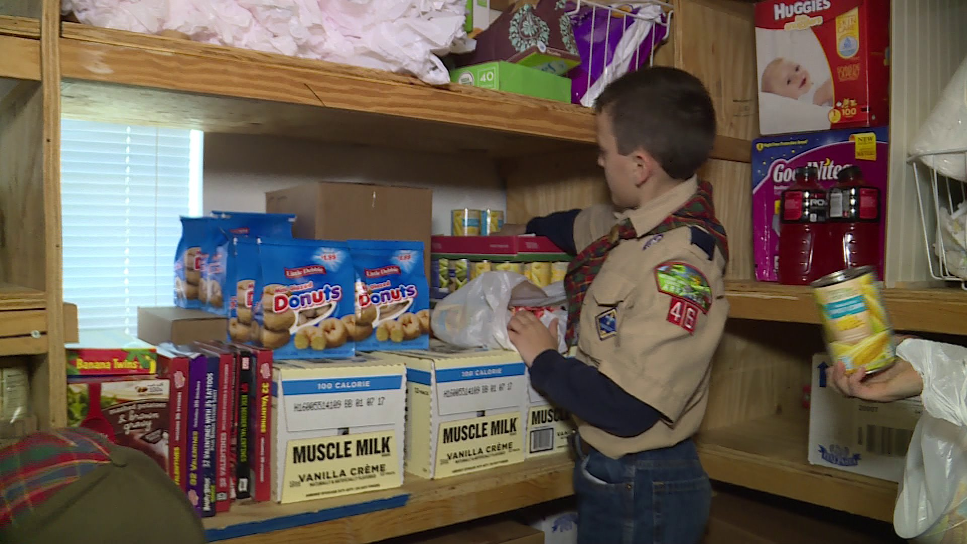 boy-scouts-food-drive