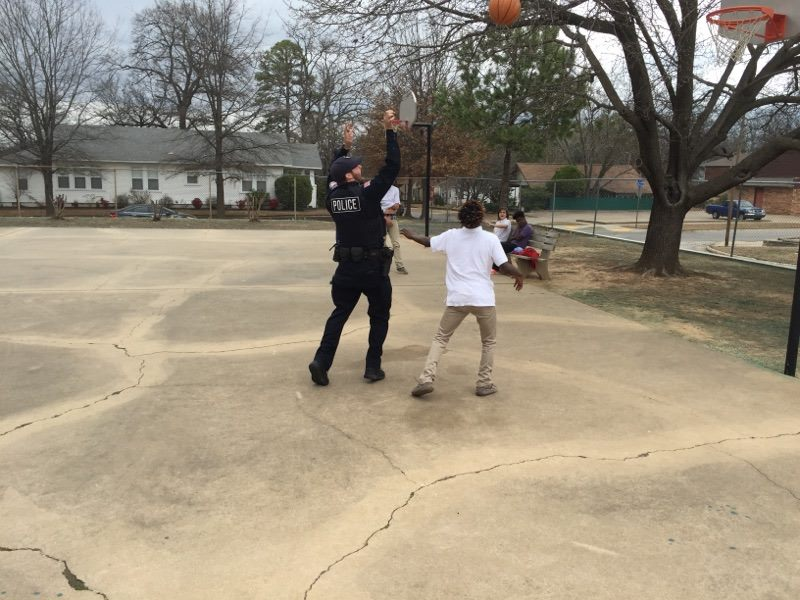 fort-smith-police-bball-1