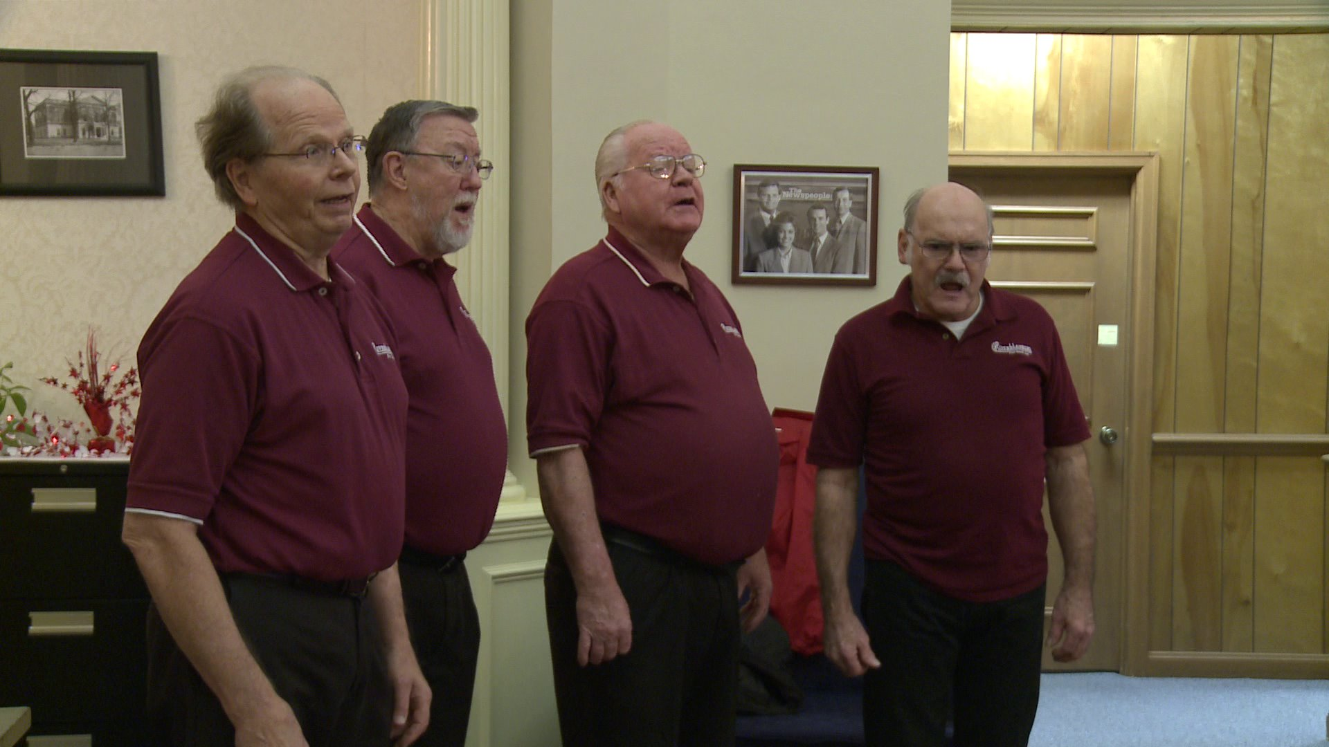 singing-barbershop-quartet