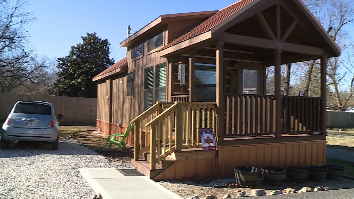 Fabulous Tiny Homes Fad Reaches Northwest Arkansas Fort Smith Home Interior And Landscaping Dextoversignezvosmurscom